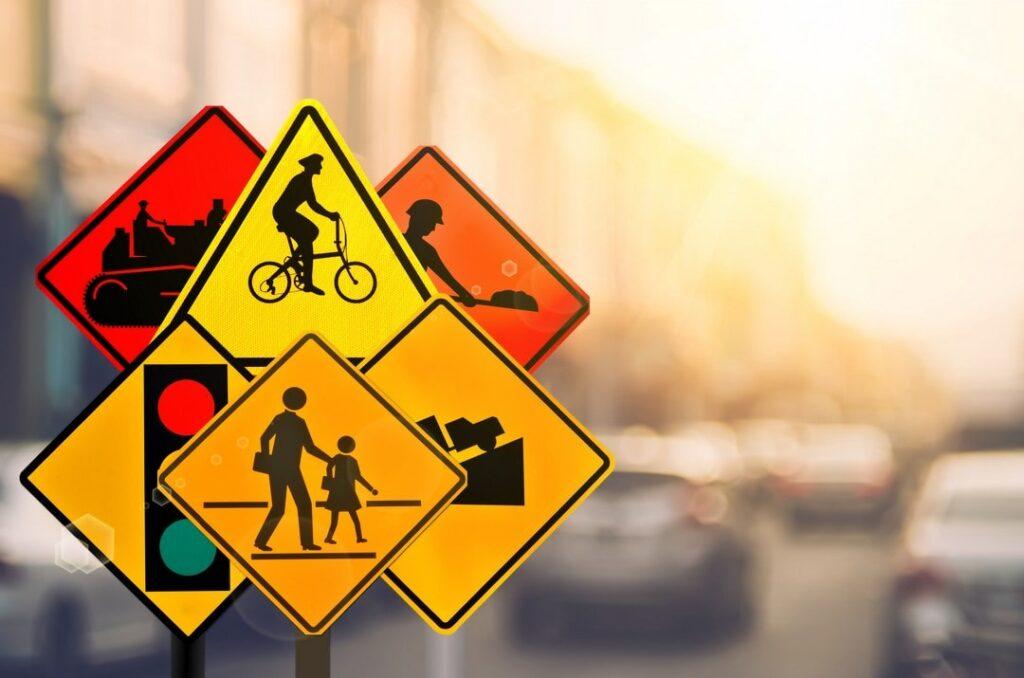 Panneaux, code de la route, Auto-école française