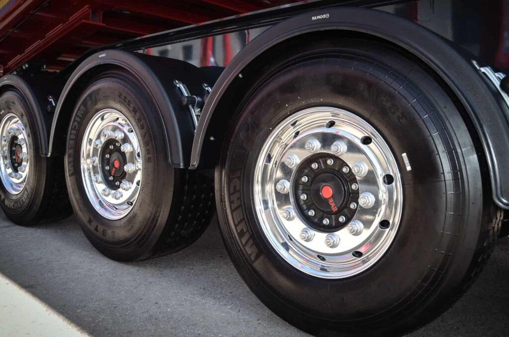Pneumatique pour poids lourds de Force Tyre